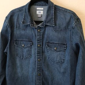 Men's Old Navy denim snap shirt Large